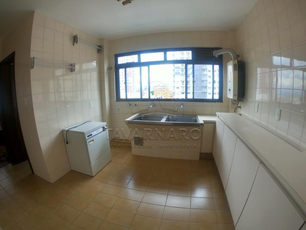Alugar Apartamento / Padrão em Ponta Grossa R$ 3.300,00 - Foto 16