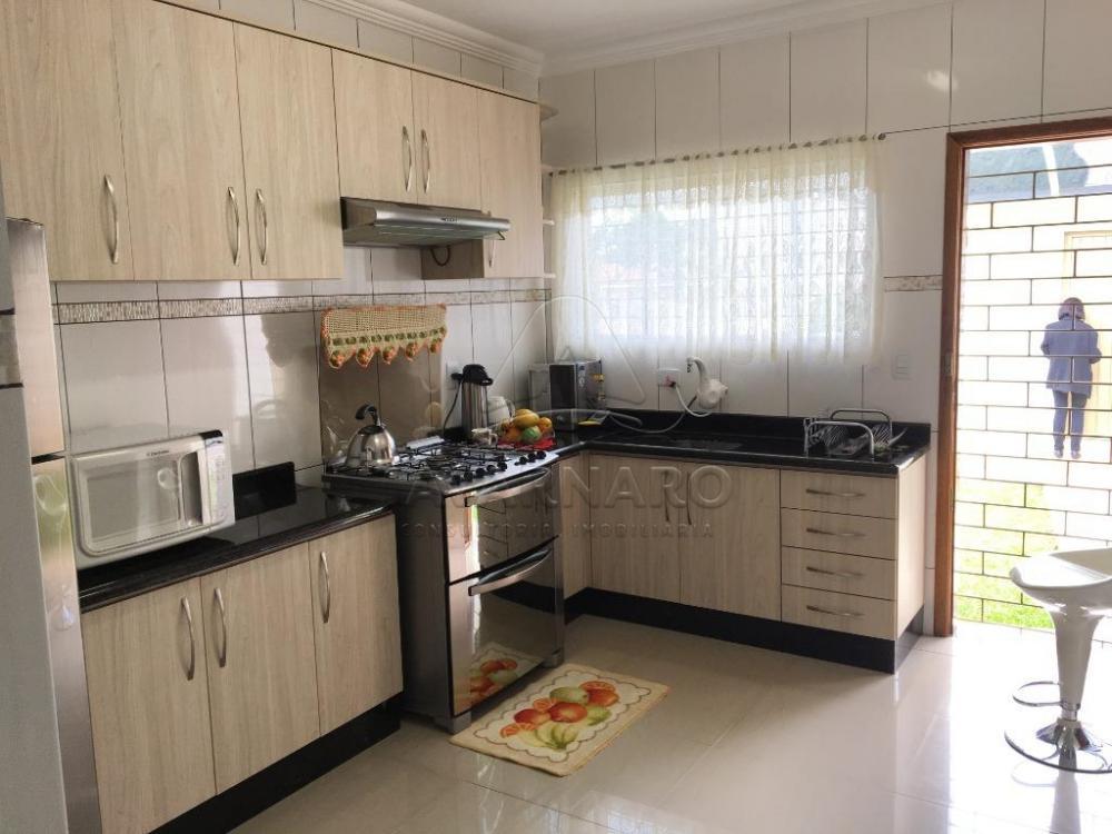 Comprar Casa / Padrão em Ponta Grossa apenas R$ 550.000,00 - Foto 4