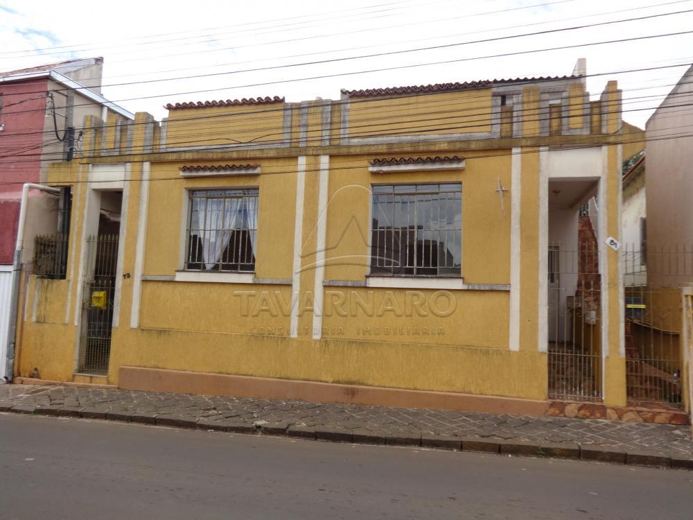 Alugar Casa / Padrão em Ponta Grossa apenas R$ 350,00 - Foto 1
