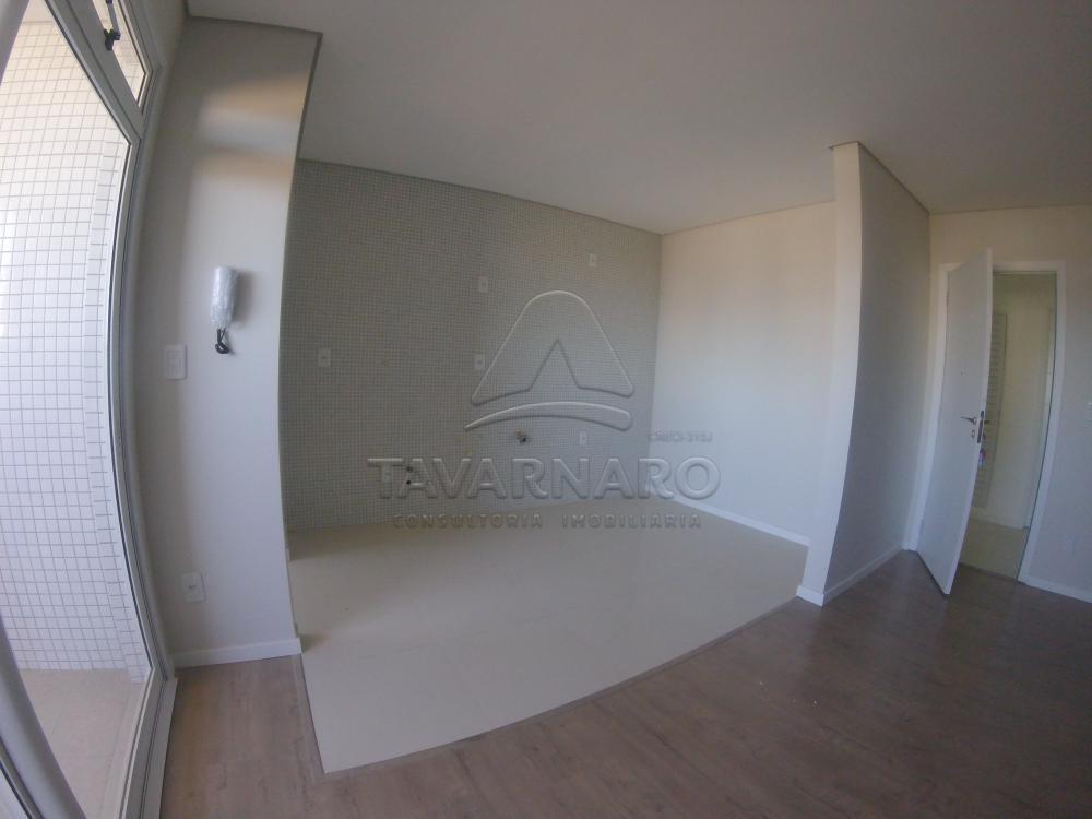 Alugar Apartamento / Padrão em Ponta Grossa R$ 1.800,00 - Foto 4