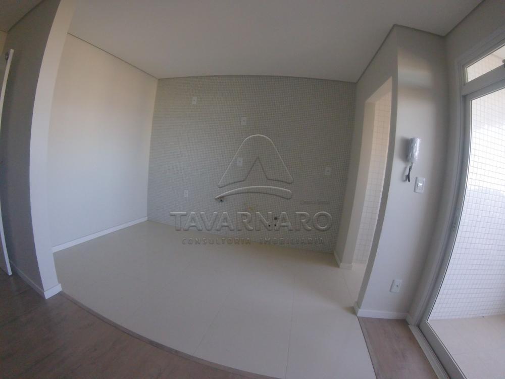 Alugar Apartamento / Padrão em Ponta Grossa R$ 1.800,00 - Foto 2