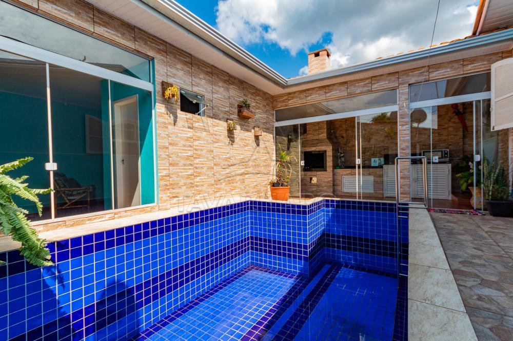 Comprar Casa / Padrão em Ponta Grossa apenas R$ 300.000,00 - Foto 1