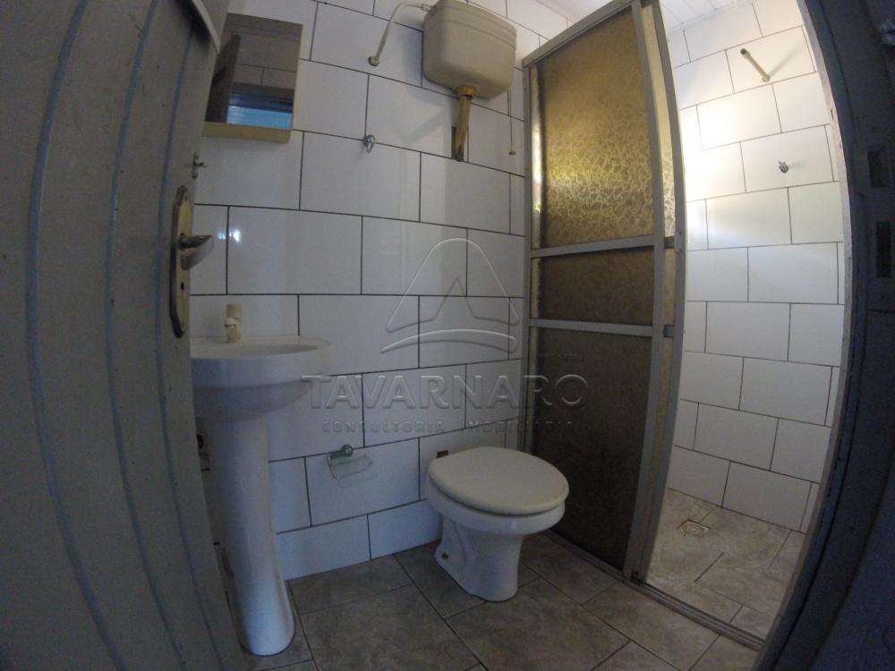 Alugar Casa / Padrão em Ponta Grossa apenas R$ 450,00 - Foto 4
