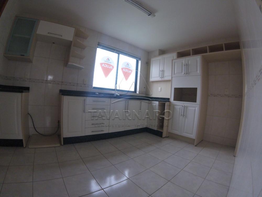 Alugar Apartamento / Padrão em Ponta Grossa apenas R$ 2.400,00 - Foto 3