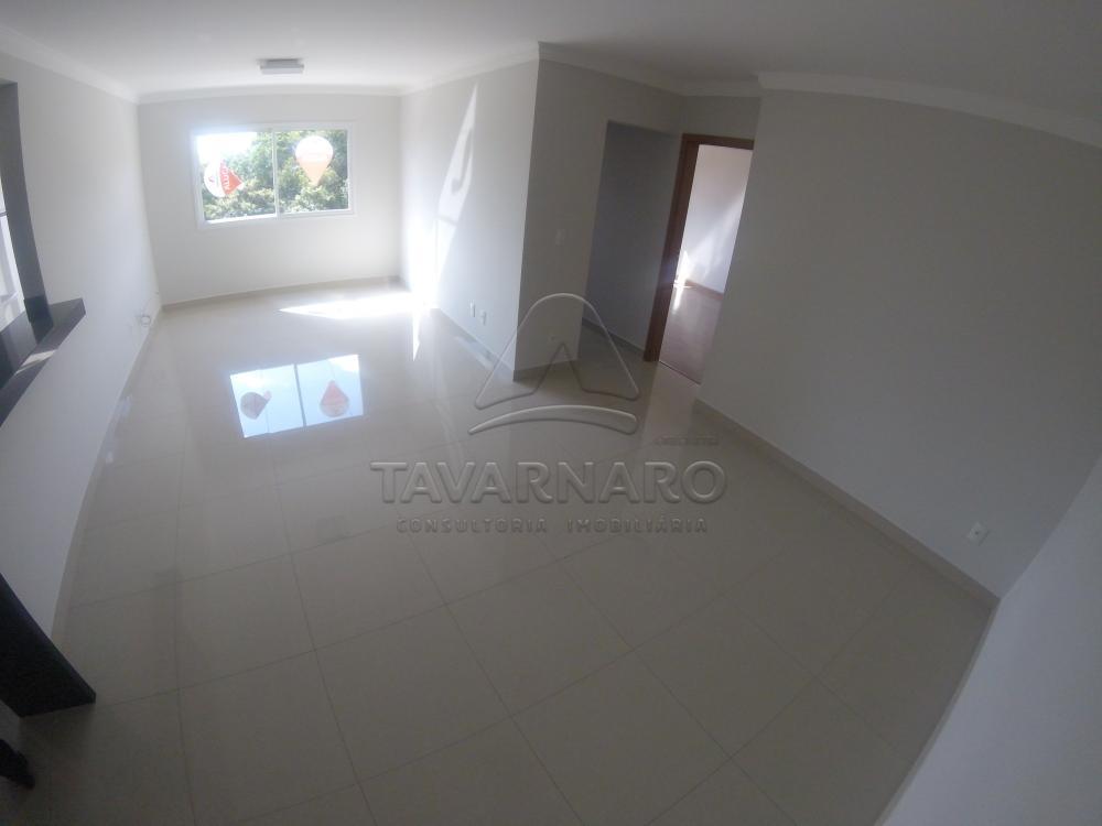 Alugar Apartamento / Padrão em Ponta Grossa apenas R$ 1.100,00 - Foto 2