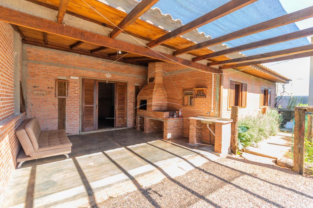 Alugar Casa / Padrão em Ponta Grossa R$ 700,00 - Foto 1