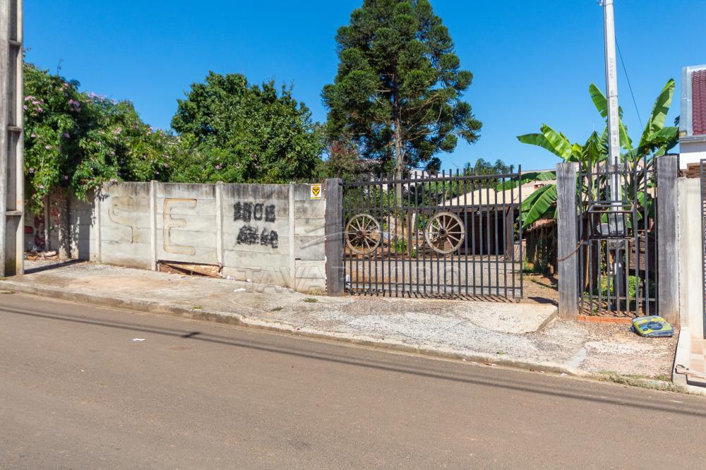 Alugar Casa / Padrão em Ponta Grossa R$ 700,00 - Foto 2