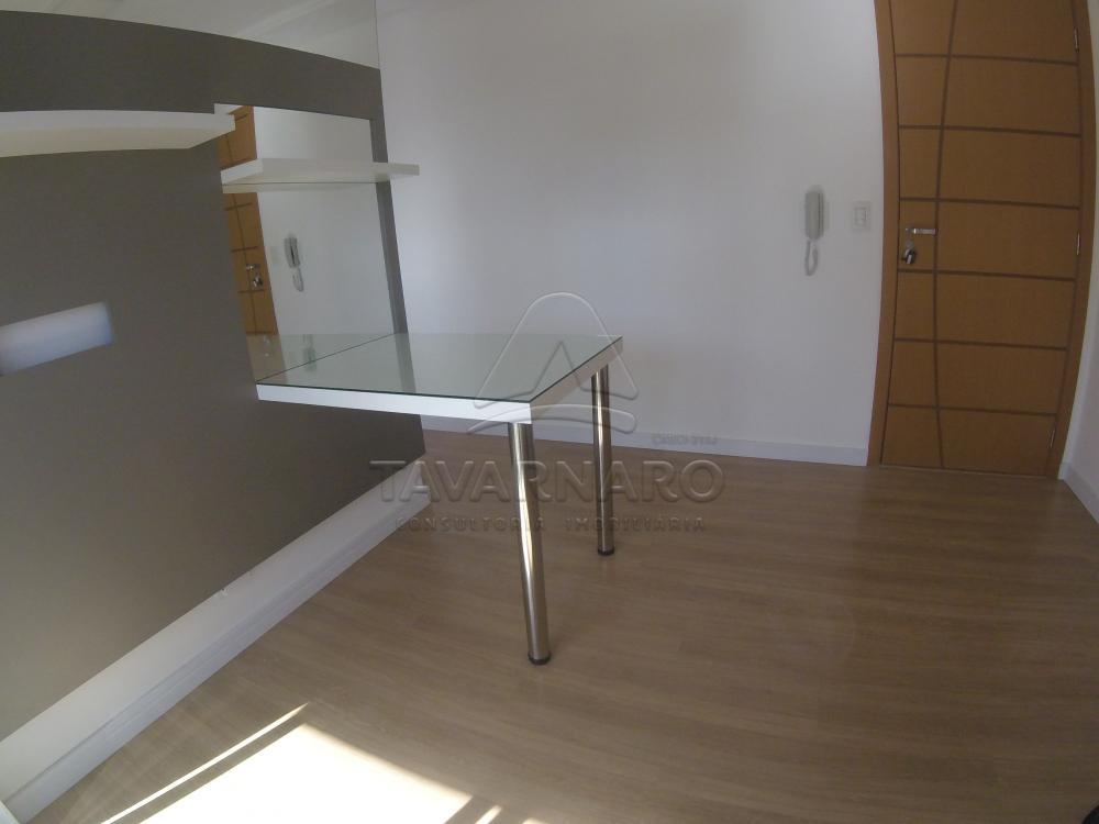 Comprar Apartamento / Padrão em Ponta Grossa R$ 215.000,00 - Foto 2