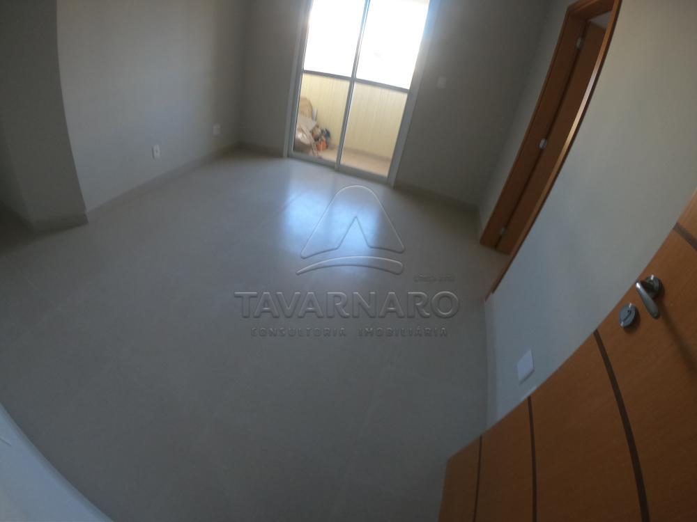 Alugar Apartamento / Padrão em Ponta Grossa R$ 990,00 - Foto 1