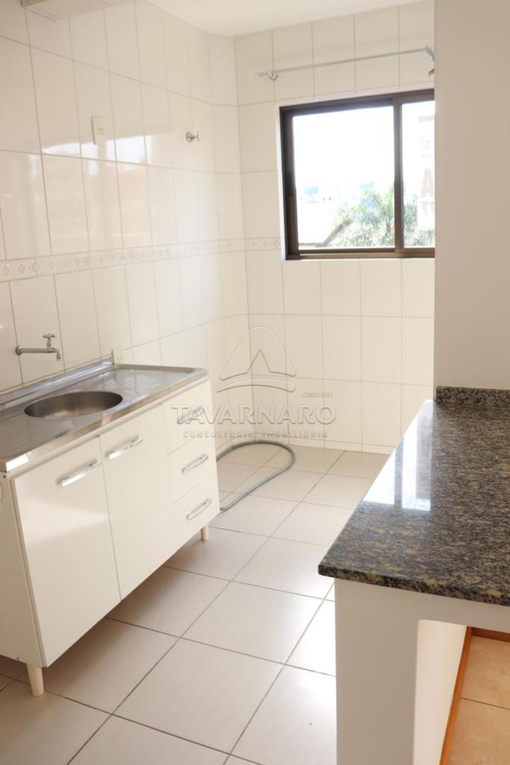 Alugar Apartamento / Padrão em Ponta Grossa R$ 1.000,00 - Foto 2