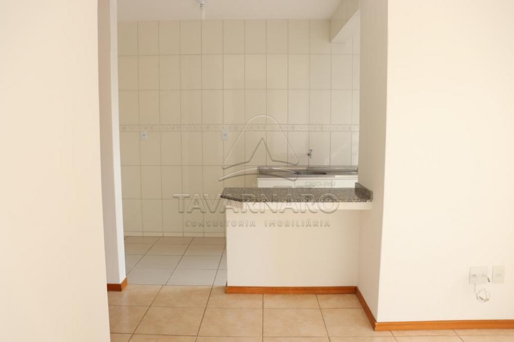 Alugar Apartamento / Padrão em Ponta Grossa R$ 1.000,00 - Foto 3