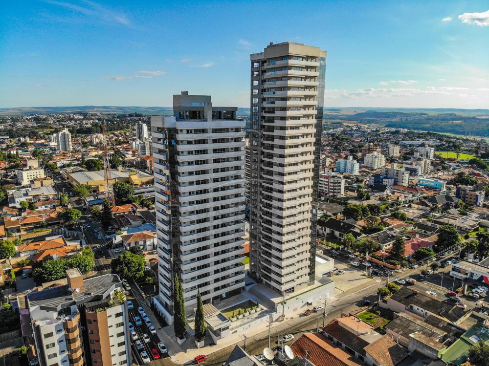 Comprar Apartamento / Padrão em Ponta Grossa R$ 2.200.000,00 - Foto 2