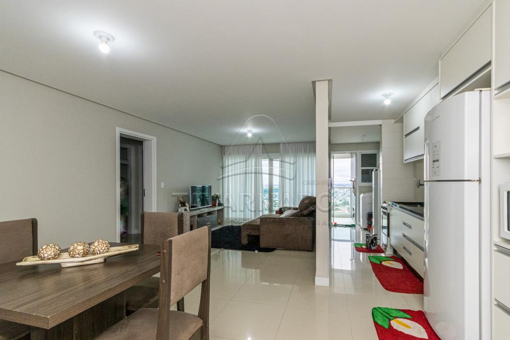 Alugar Apartamento / Padrão em Ponta Grossa R$ 1.750,00 - Foto 1