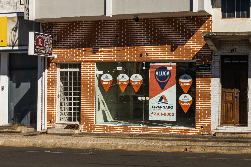 Alugar Comercial / Loja em Ponta Grossa R$ 3.300,00 - Foto 2