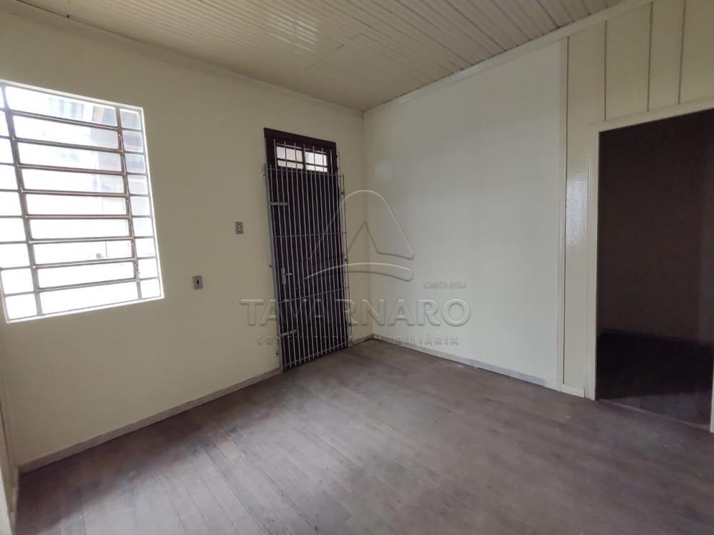 Alugar Casa / Padrão em Ponta Grossa R$ 1.100,00 - Foto 8