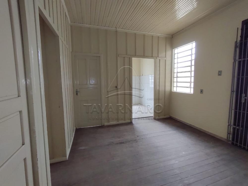 Alugar Casa / Padrão em Ponta Grossa R$ 1.100,00 - Foto 9