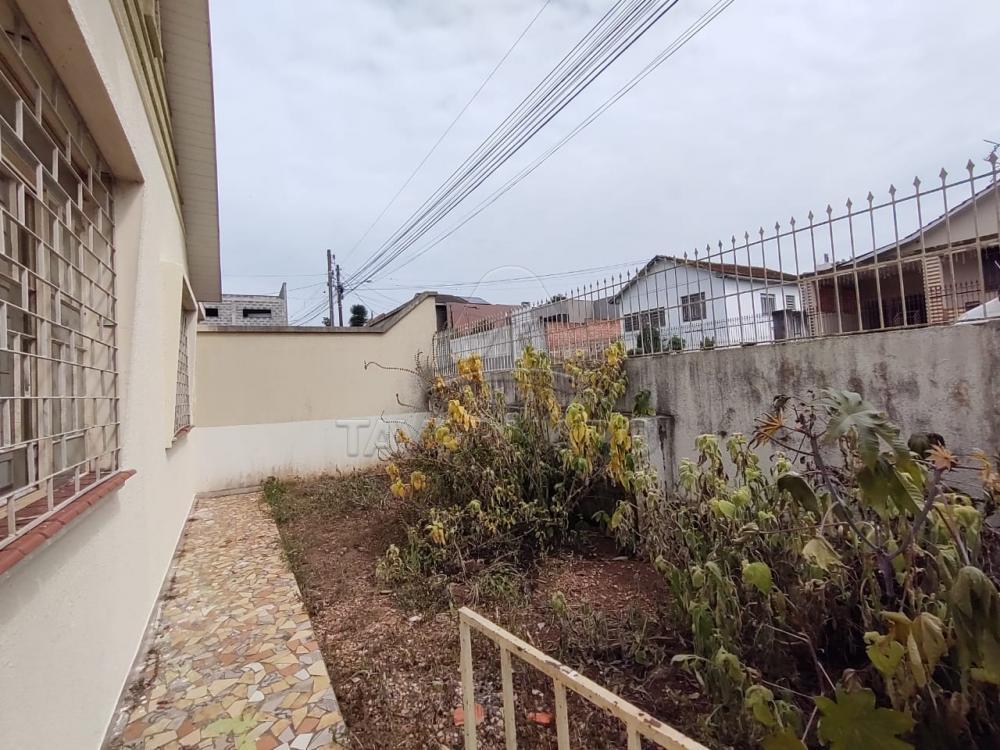 Alugar Casa / Padrão em Ponta Grossa R$ 1.100,00 - Foto 21