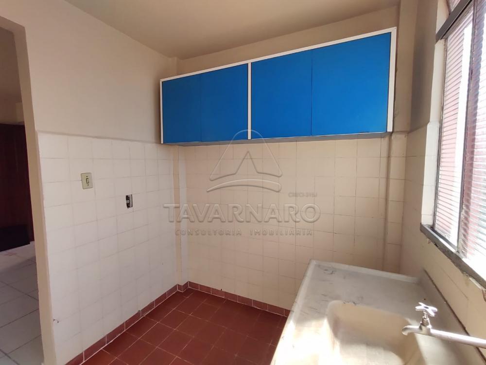 Alugar Apartamento / Kitinete em Ponta Grossa R$ 350,00 - Foto 6