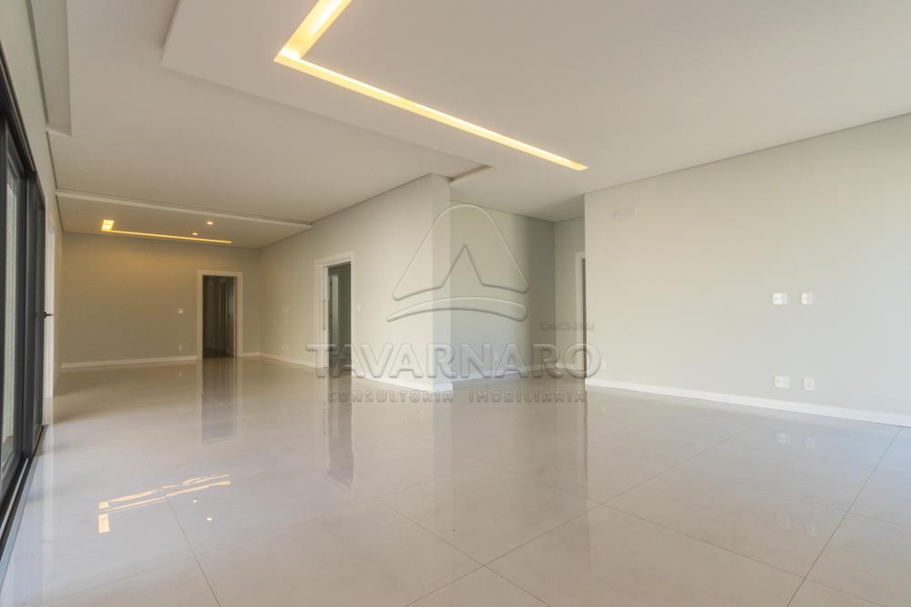 Comprar Casa / Condomínio em Ponta Grossa - Foto 4