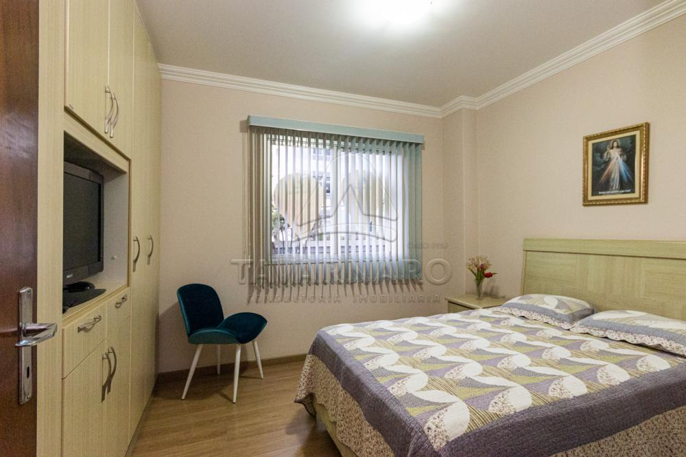 Alugar Apartamento / Padrão em Ponta Grossa R$ 1.800,00 - Foto 1