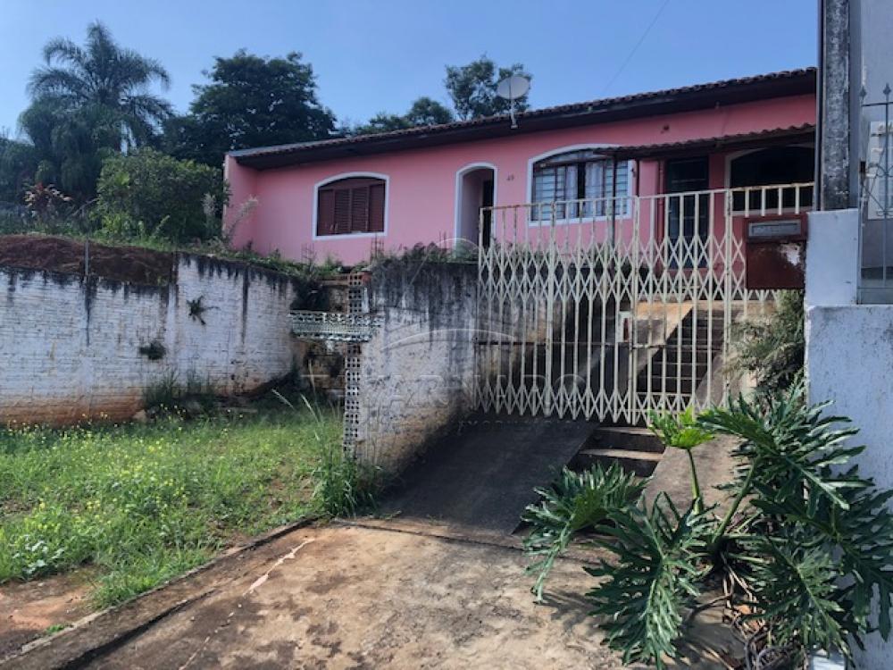 Comprar Casa / Padrão em Ponta Grossa R$ 300.000,00 - Foto 2