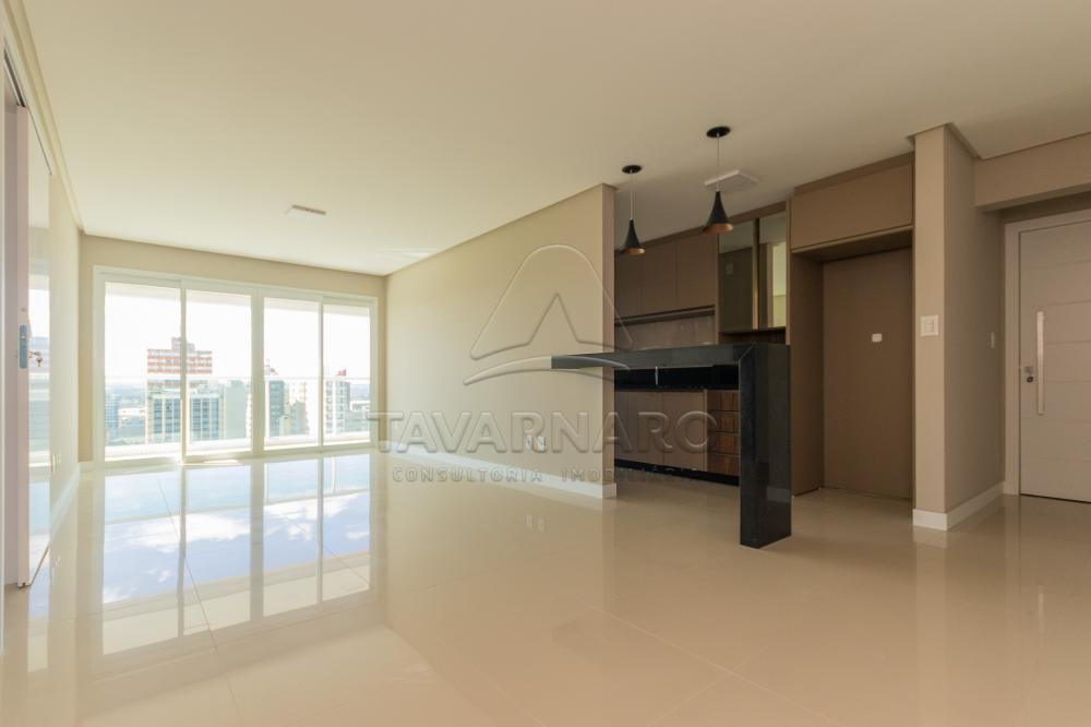 Alugar Apartamento / Padrão em Ponta Grossa R$ 2.300,00 - Foto 2