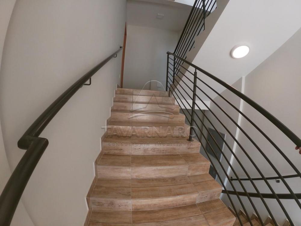 Alugar Apartamento / Padrão em Ponta Grossa R$ 800,00 - Foto 3