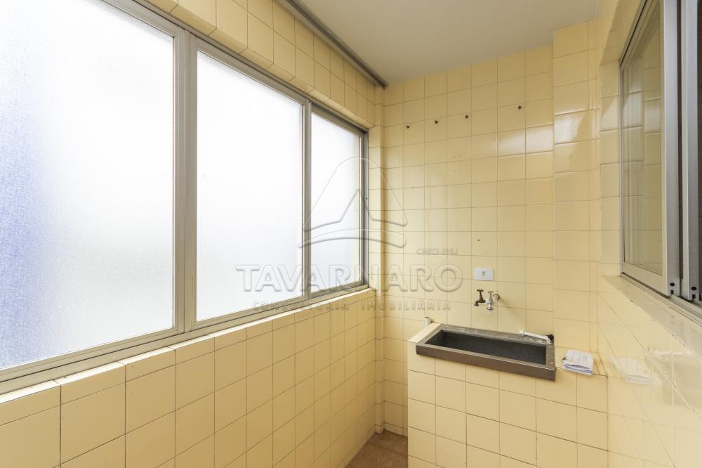 Comprar Apartamento / Padrão em Ponta Grossa R$ 239.000,00 - Foto 6