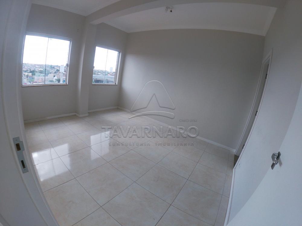 Alugar Apartamento / Padrão em Ponta Grossa R$ 1.500,00 - Foto 4