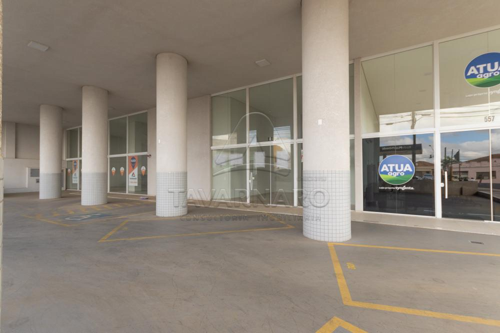 Alugar Comercial / Loja em Ponta Grossa R$ 2.200,00 - Foto 9