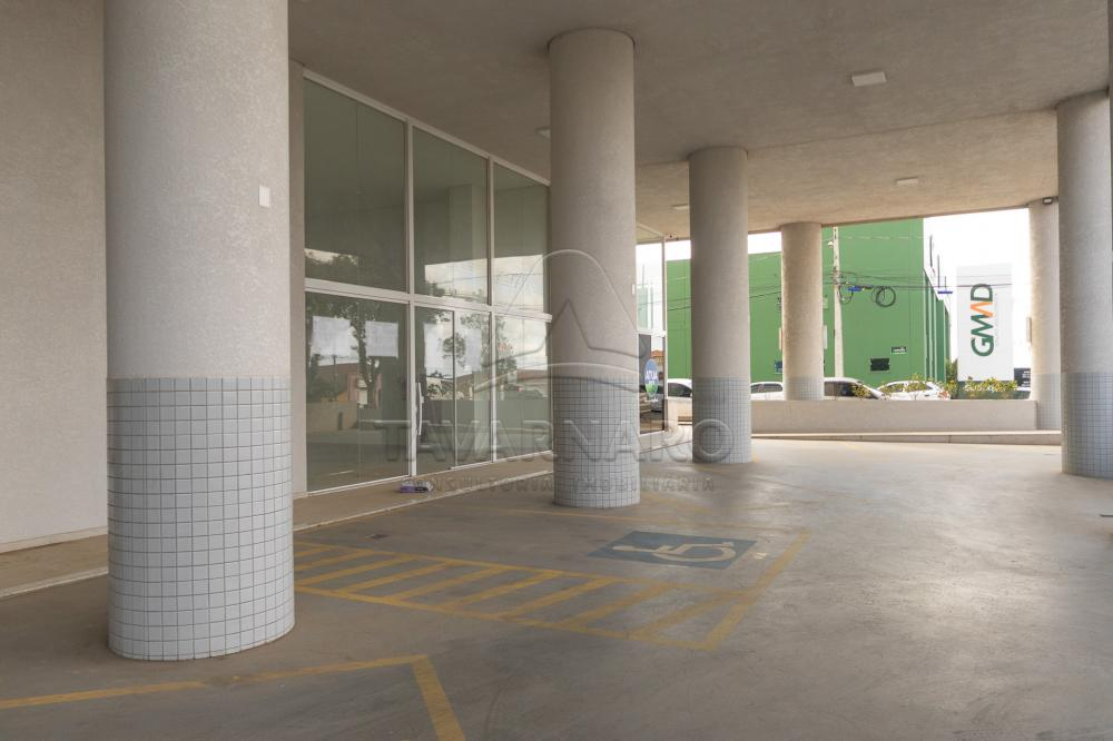 Alugar Comercial / Loja em Ponta Grossa R$ 2.200,00 - Foto 10