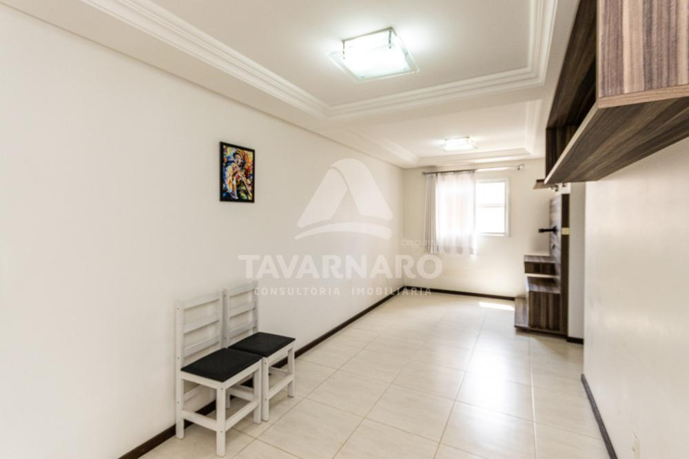 Alugar Apartamento / Padrão em Ponta Grossa R$ 1.100,00 - Foto 2