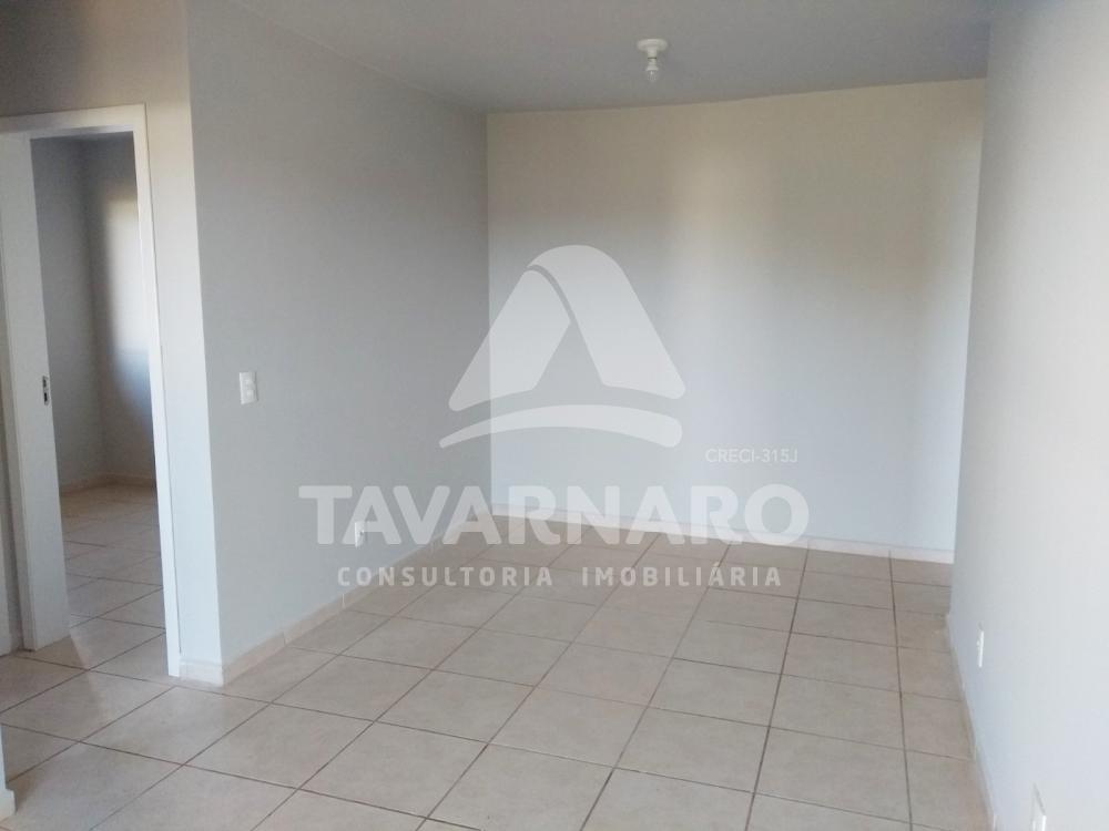 Comprar Apartamento / Padrão em Ponta Grossa R$ 125.000,00 - Foto 2
