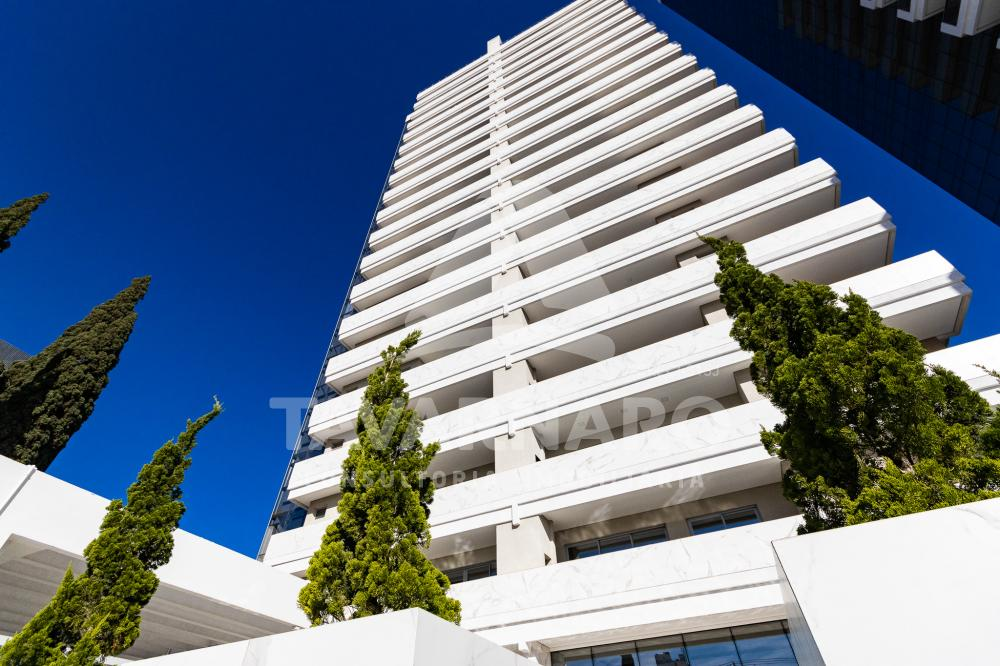 Comprar Apartamento / Padrão em Ponta Grossa R$ 1.200.000,00 - Foto 1