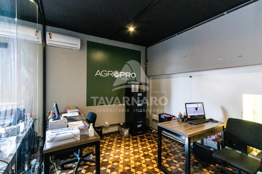 Alugar Comercial / Sala em Ponta Grossa R$ 2.500,00 - Foto 2