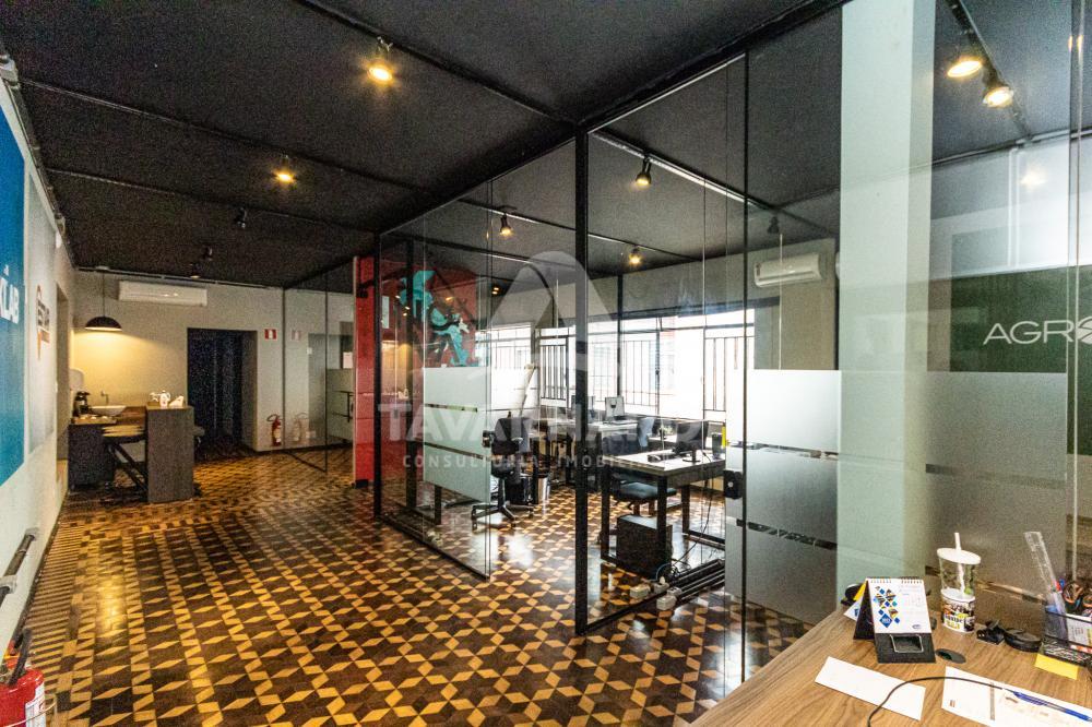 Alugar Comercial / Sala em Ponta Grossa R$ 2.500,00 - Foto 1