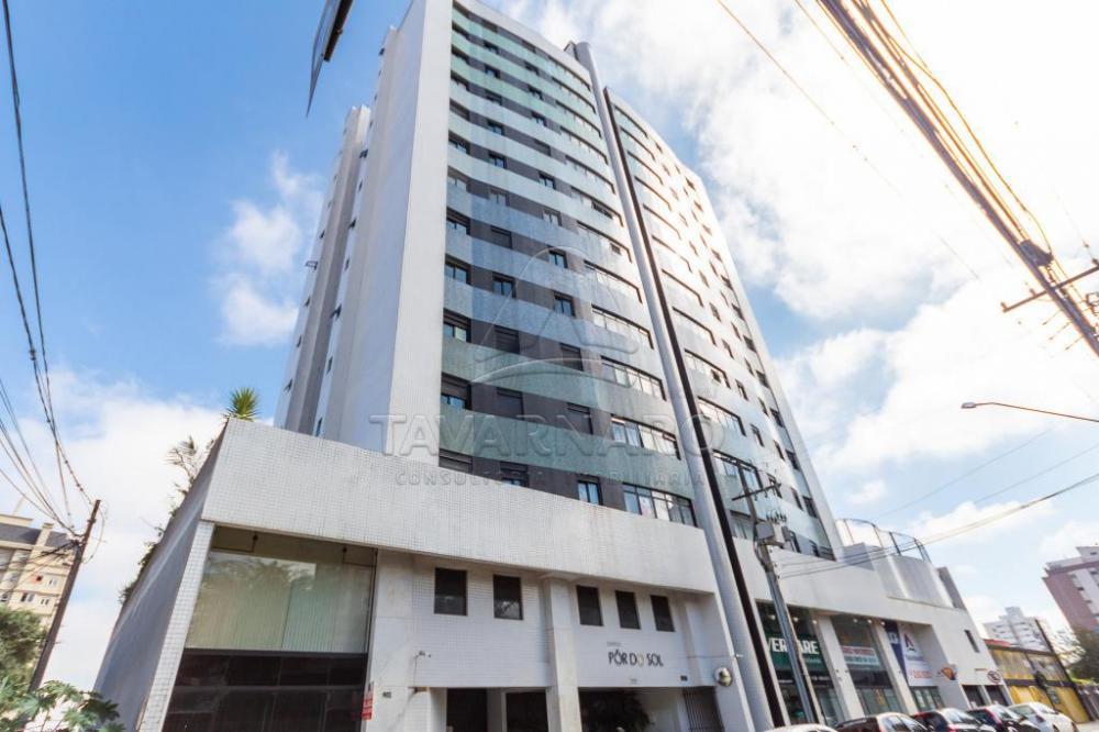 Comprar Apartamento / Padrão em Ponta Grossa R$ 410.000,00 - Foto 2