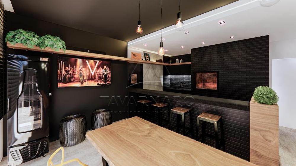 Comprar Apartamento / Studio em Ponta Grossa - Foto 21