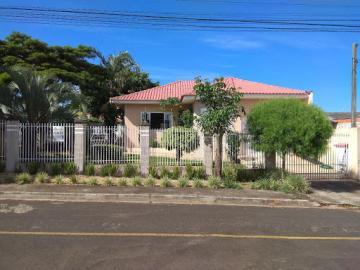 Comercial / Casa em Ponta Grossa , Comprar por R$495.000,00