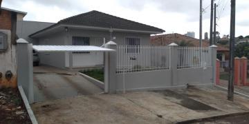 Alugar Casa / Padrão em Ponta Grossa. apenas R$ 400.000,00