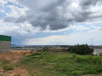 Alugar Terreno / Padrão em Ponta Grossa. apenas R$ 200.000,00