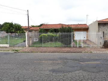 Alugar Casa / Padrão em Ponta Grossa. apenas R$ 495.000,00