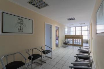 Comercial / Conjunto Condomínio em Ponta Grossa Alugar por R$1.650,00
