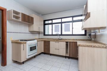 Alugar Apartamento / Padrão em Ponta Grossa. apenas R$ 1.000,00