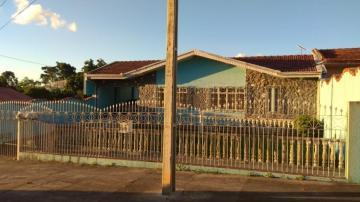 Alugar Casa / Padrão em Ponta Grossa. apenas R$ 450.000,00