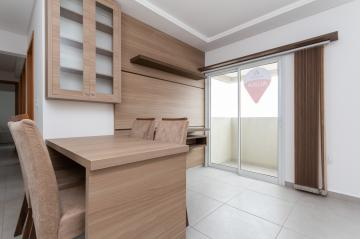 Apartamento / Padrão em Ponta Grossa Alugar por R$1.500,00