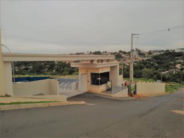 Apartamento / Padrão em Ponta Grossa , Comprar por R$135.000,00