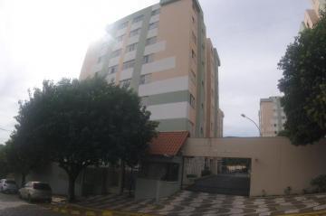 Alugar Apartamento / Padrão em Ponta Grossa. apenas R$ 190.000,00