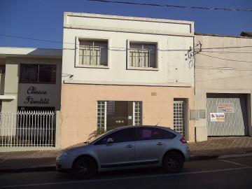 Comercial / Loja em Ponta Grossa Alugar por R$2.300,00