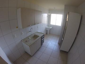 Apartamento / Padrão em Ponta Grossa , Comprar por R$138.000,00